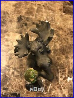 Bear Foot Big Sky Carvers Moose Figurine With Cute Frog