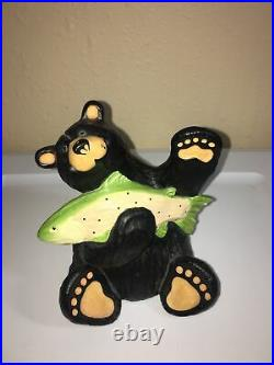 Bear Foots Bears by Jeff Fleming Big Sky Carvers Bear With Fish Figurine