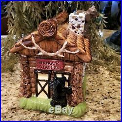 Big Sky Carver's Ranger Station Log Cabin Bears Cookie Jar Canister 11 H