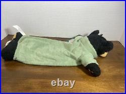 Big Sky Carvers 1996 Bearfoots Soft Plush Musical Lullaby Black Bear Jeff Flemin