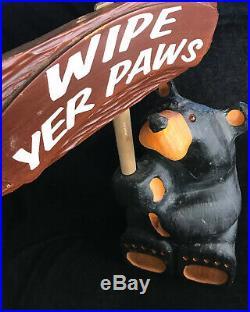Big Sky Carvers Bearfoot Bear Roy Wipe Yer Paws