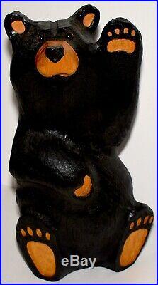 Big Sky Carvers Bearfoot Mikey Waving Black Bear Montana Pine 13 Jeff Fleming