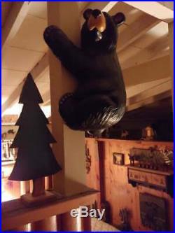 Big Sky Carvers Jeff Fleming Bearfoots Climber Grand Black Bear Corner Hanging