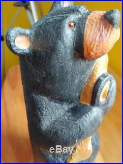 Big Sky Carvers Jeff Fleming Bearfoots Madison Wood Carved Black Bear Statue
