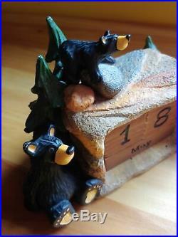 Big Sky Carvers Jeff Fleming Bearfoots Perpetual Black Bear Calendar Figurine