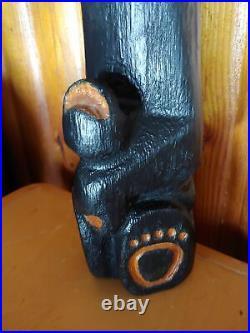 Big Sky Carvers Jeff Fleming Bearfoots Sign Holder Wood Pine Carved Black Bear