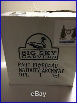 Big Sky Carvers Nativity Tree Background Archway #50440