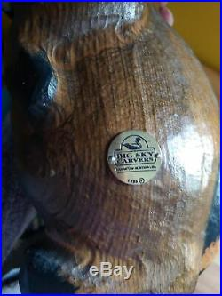 Rare 1996 Big Sky Carvers Wood Carved Raccoon Holding Fish Sculpture