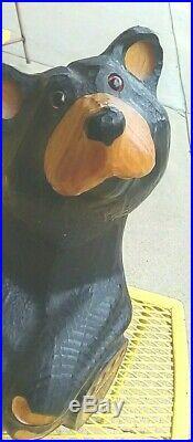 Solid Western Pine Bear by Big Sky Carvers of Manhattan, Montana. Jeff Fleming